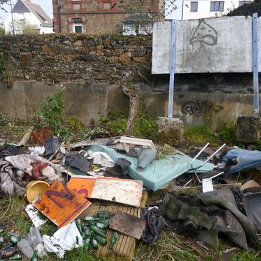 Collecte de déchets dans le quartier