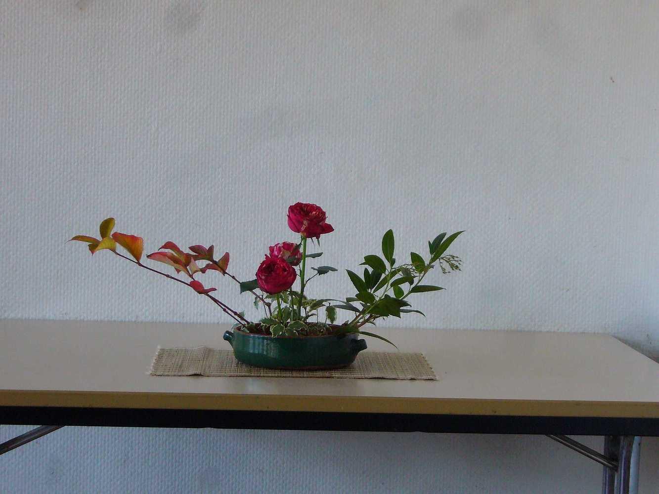 C''est la rentrée ! A vos sécateurs pour votre premier bouquet ikébana ! p1020390