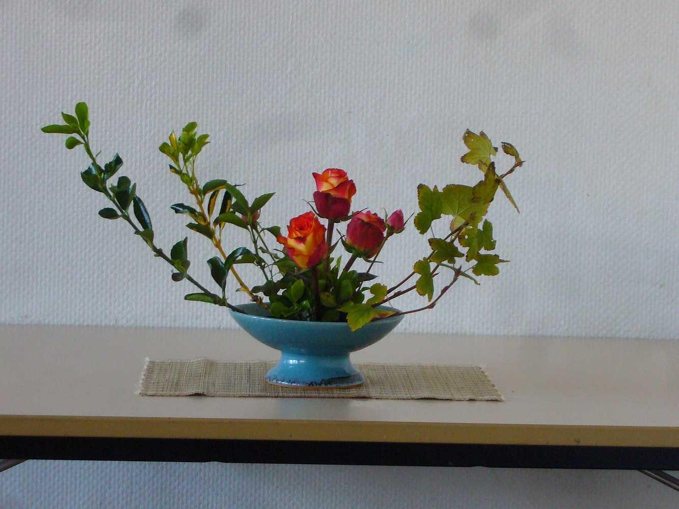 C''est la rentrée ! A vos sécateurs pour votre premier bouquet ikébana ! p1020391