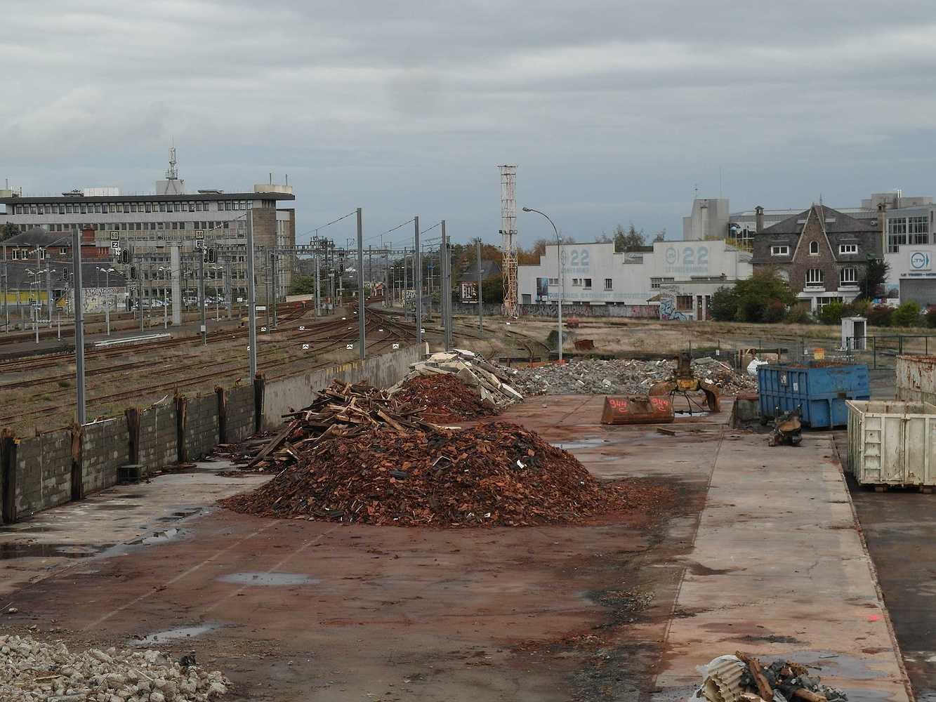 Les travaux continuent sud gare 2014 sam5144
