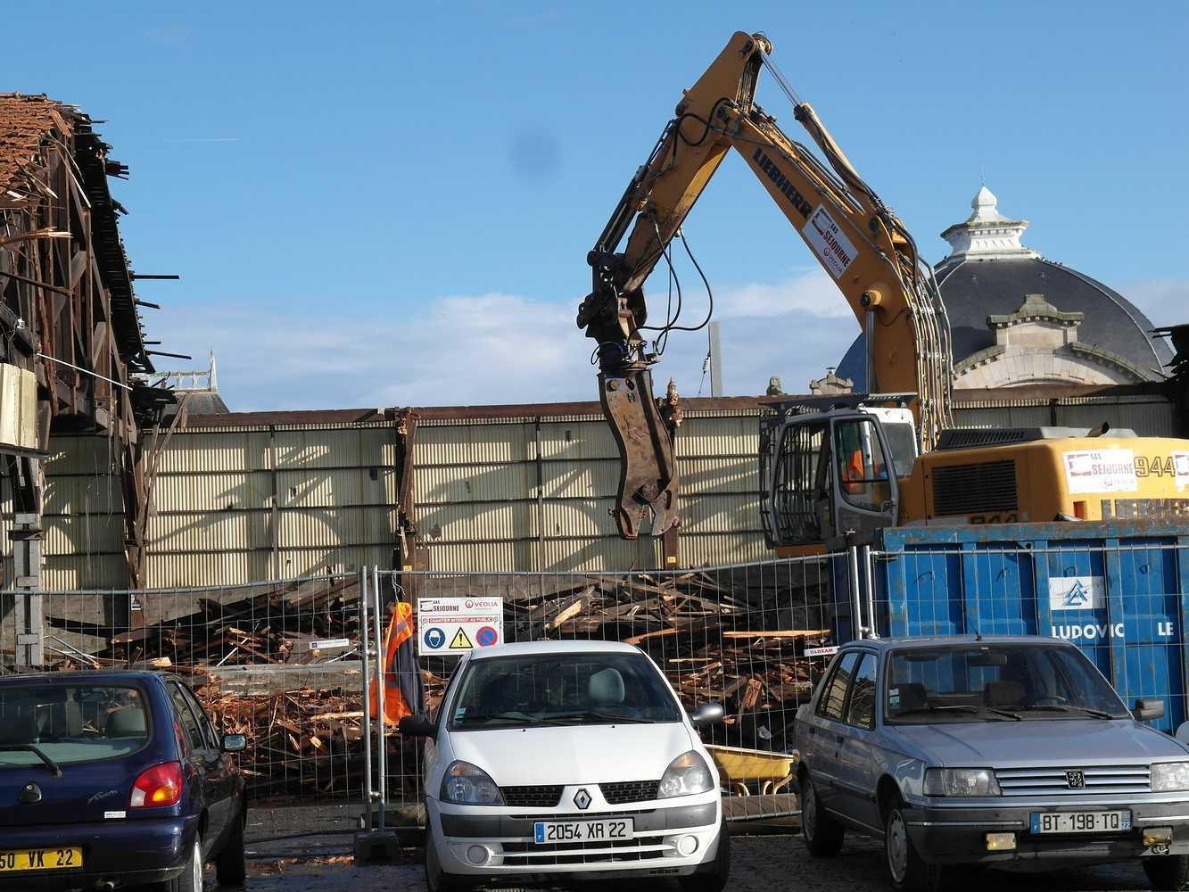 Les travaux continuent sud gare 2014 0