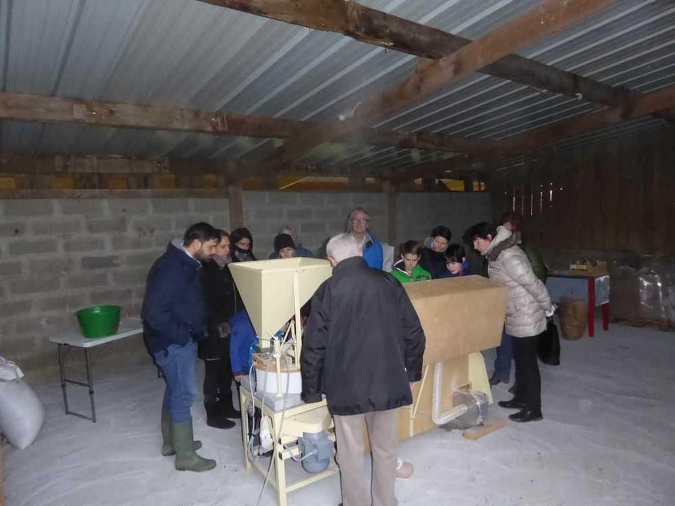 Les Robios découvrent le GAEC de Quinrouet et l''agriculture bio p1020845