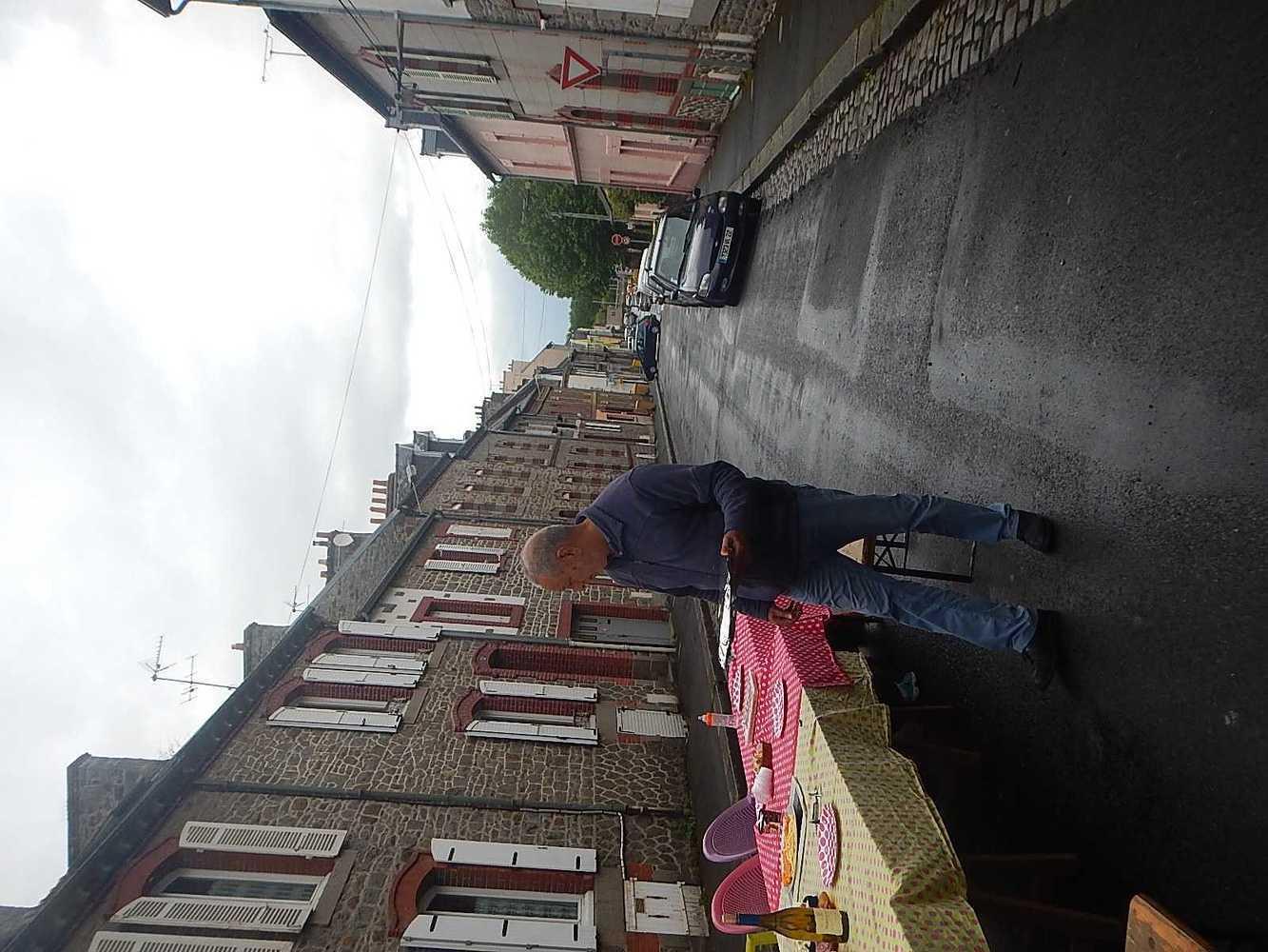 L''apéro des voisins de la rue de Robien dscn8581