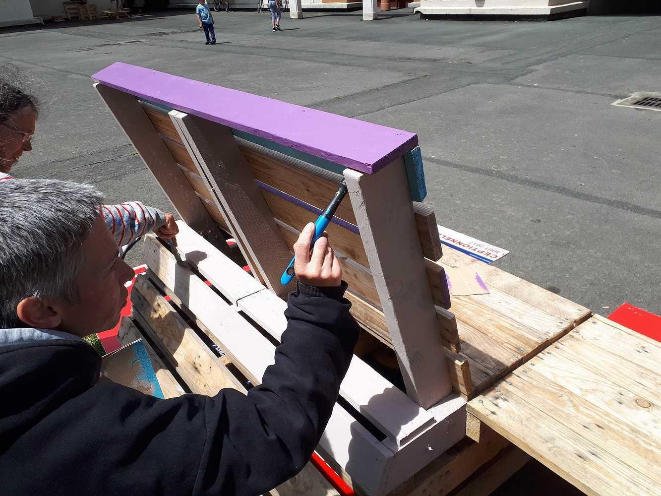 De la couleur dans la cour des immeubles Carnot 20180616144751